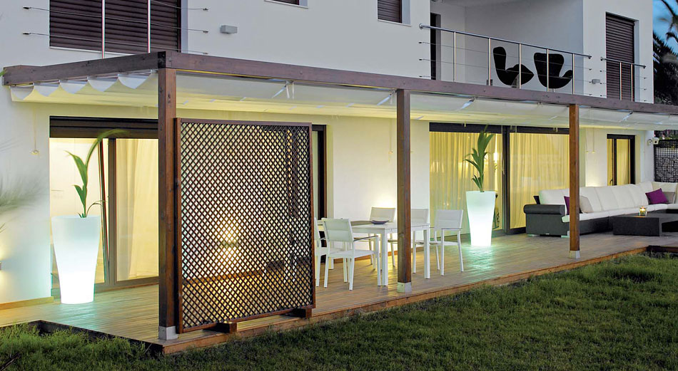 Decocasa en colombia jardin for Pergolas metalicas jardin