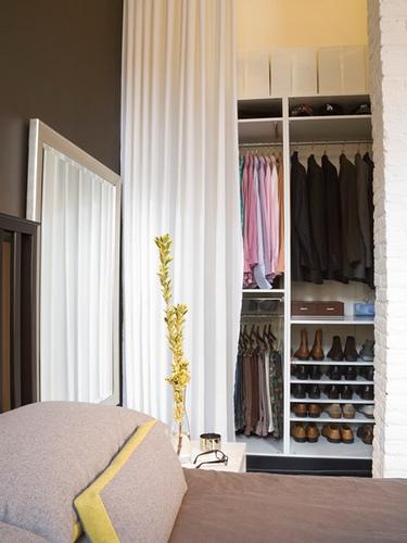 Decocasa en colombia idea para armarios cortinas en for Cortinas como puertas de armario