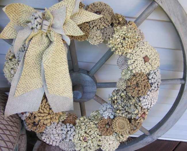Decocasa en colombia puertas adornos de navidad en for Puertas decoradas con flores de papel