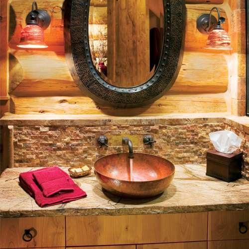 Baño Rustico Moderno:Este baño sí que es rústico por donde se lo mire! Madera a más no