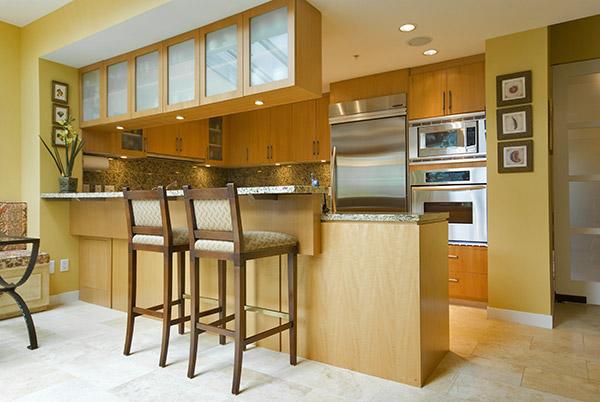 Decocasa en colombia un desayunador en la cocina for Barras para cocina y desayunadores