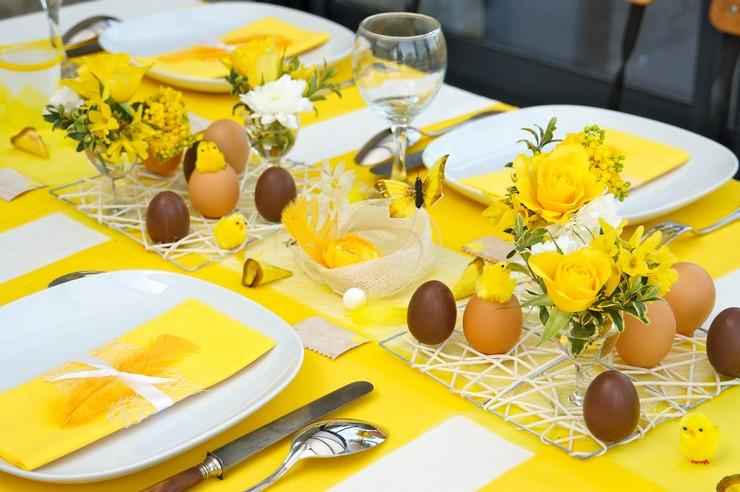 foto-mesa-amarilla